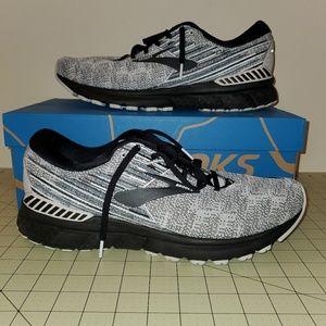 Brooks Adrenaline Men's Shoe Size 12